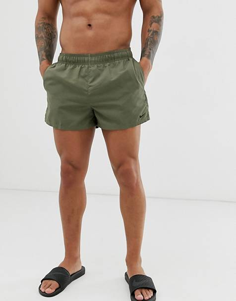 Nike – Swim – Superkurze Badeshorts in Khaki