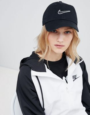 Nike Swoosh Cap In Black