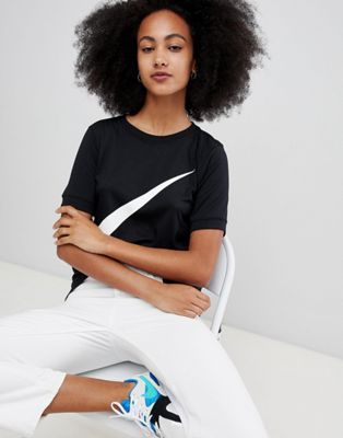 Nike Swoosh T-Shirt In Black