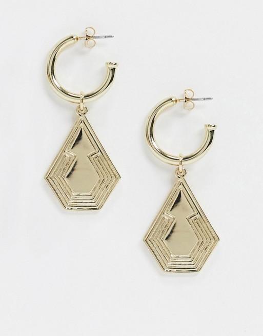 & Other Stories – Guldfärgade creloer med pentagonformade hängen