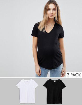 Pack de 2 camisetas de tejido orgánico con cuello en V de New Look Maternity