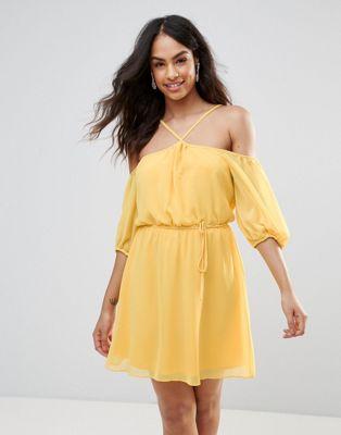 Платье халтер с открытыми плечами BCBG