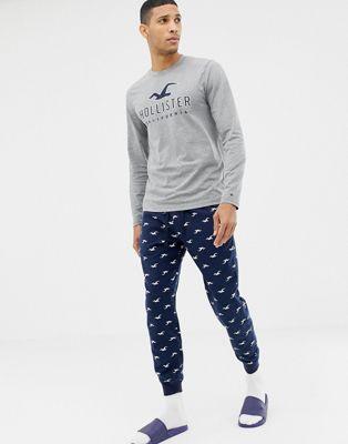 Подарочный комплект для дома темно-синего/серого цвета из штанов с манжетами и лонгслива с логотипом Hollister