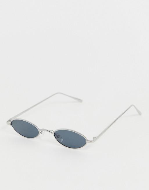 Bild 1 av PrettyLittleThing – Ovala solglasögon med metallbågar