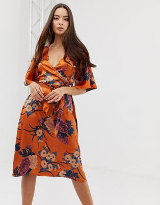 Image 1 of PrettyLittleThing satin kimono midi dress in orange floral