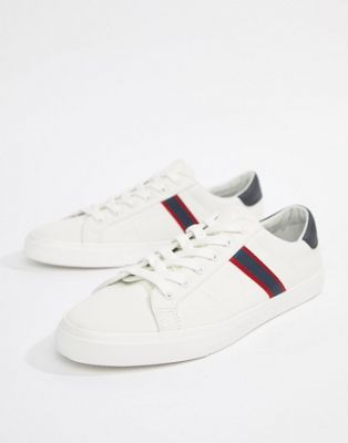 Pull&Bear Canvas Trainer With Side Stripe In White