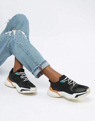 Pull&Bear chunky colourblock trainer in Black