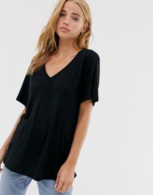 Pull&Bear - T-shirt basic nera con scollo a V