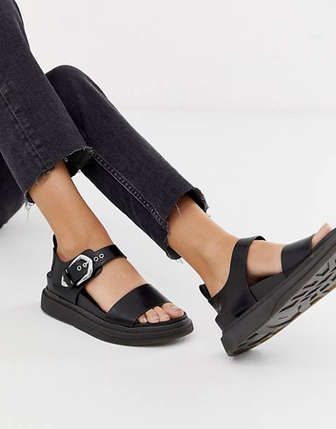 38c12909e5e Pull Bear western buckle detail chunky sandals in black