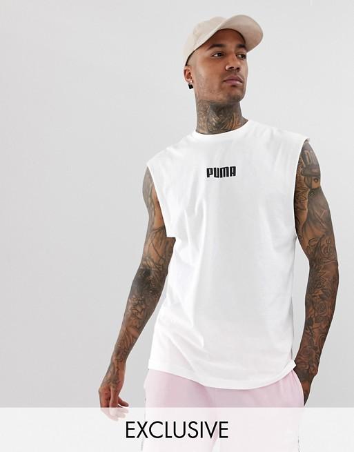 Puma – Exklusives ärmelloses T-Shirt in Weiß, exklusiv bei ASOS