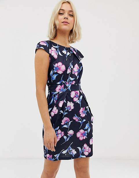 QED London tulip dress in floral print