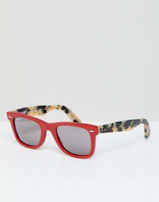 Ray-Ban - 0RB2140 Wayfarer zonnebril in rood & luipaard