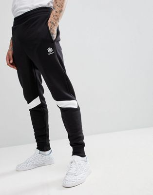 Reebok - Slim-fit joggingbroek in zwart CD7464