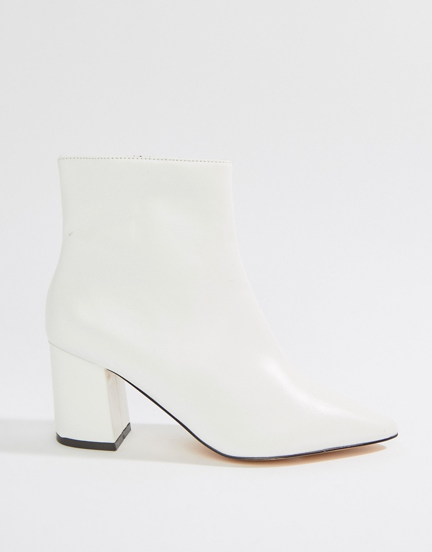 River Island Heeled Minimal Boot In White by Asos