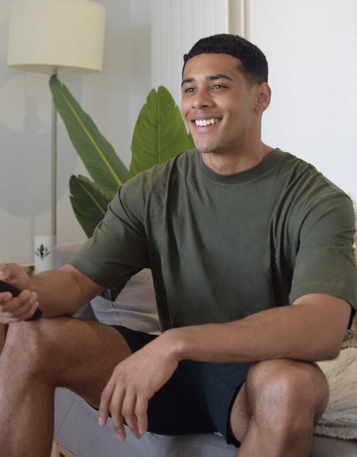 River Island - T-shirt oversize kaki