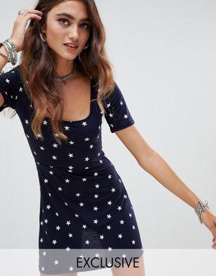 Rokoko Kortärmad stjärnmönstrad miniklänning med fyrkantig halsringning