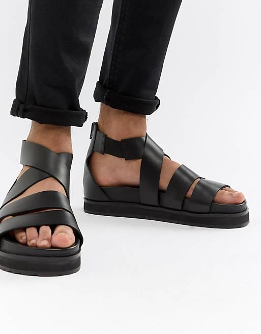 Romerske sandaler i sort læder med chunky sål fra ASOS DESIGN