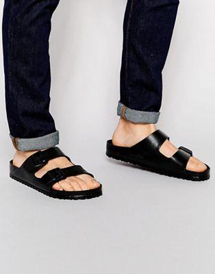 Sandalias negras Arizona de Birkenstock