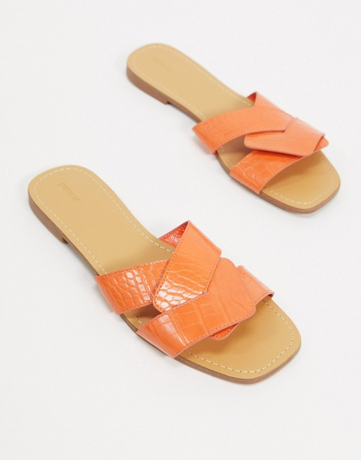 Sandalias Planas En Naranja Con Diseño De Efecto Cocodrilo Pimkie - Gran Venta