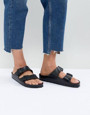 Sandalias planas en negro Arizona Eva de Birkenstock