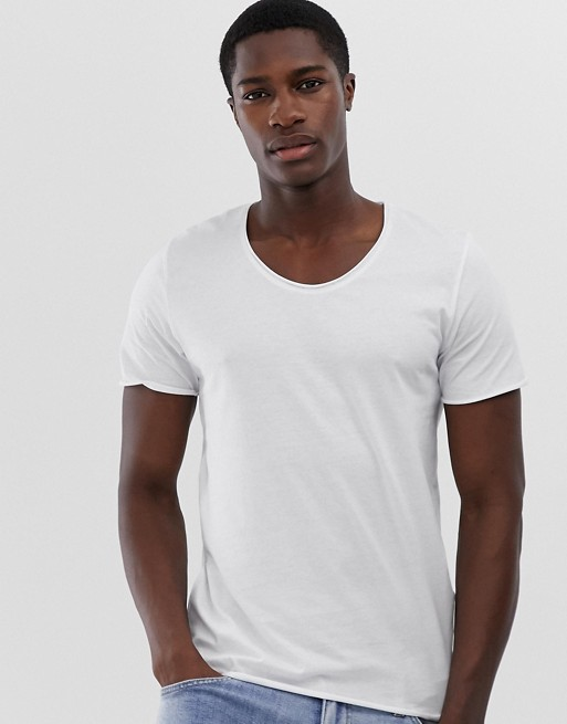 Selected Homme Haut a encolure degagee en blanc 1500290
