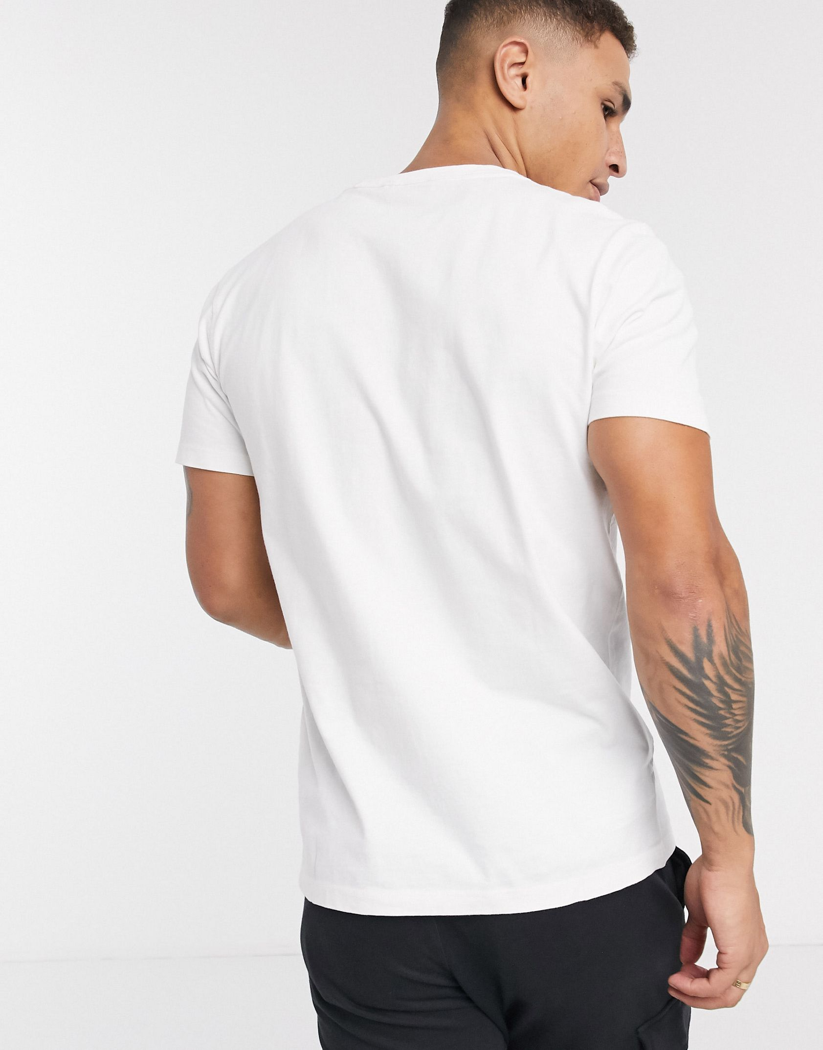 Selected Homme t-shirt with logo in white - ASOS Price Checker