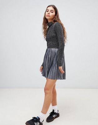 Серебристая плиссированная мини-юбка Weekday