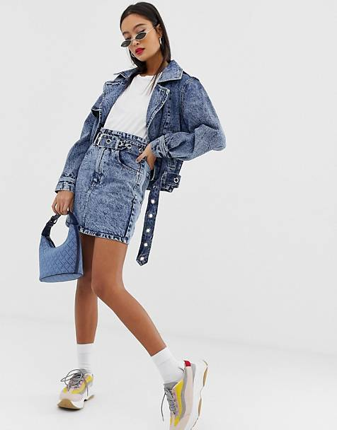Signature 8 acid wash high-wasted belted denim mini skirt