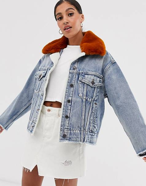 Signature 8 faux fur collar denim jacket