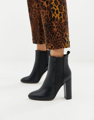Simmi London – Schwarze Ankle-Boots mit Blockabsatz