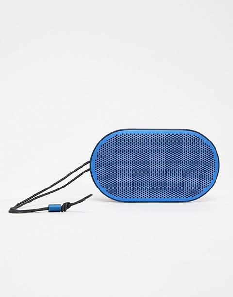 Синий динамик Bang & Olufsen Beoplay P2