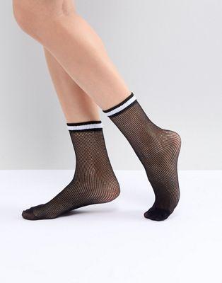 Sisley Knitted Sport Style Socks