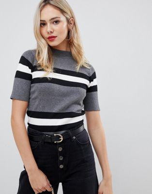 Bild 1 av Stella Morgan – Randig ribbad tröja med kort ärm