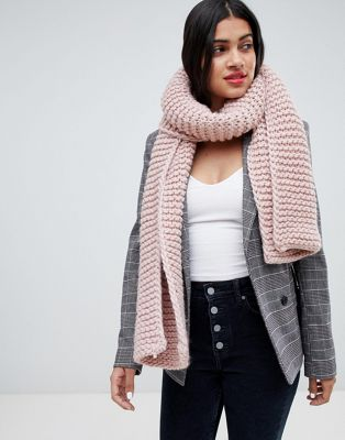 Stitch & Pieces blush chunky knitted scarf