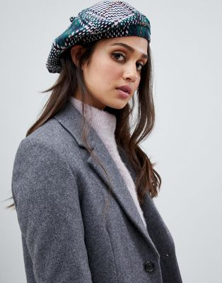 Stitch & Pieces check beret
