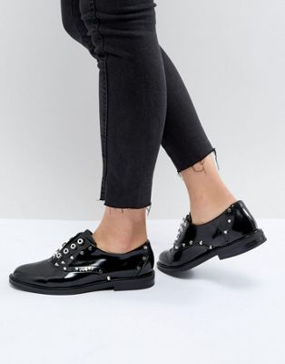 Stradivarius Stud Brogue