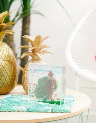 Sunnylife – Glittrig fotoram med kaktus
