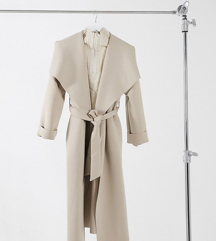 Светло-бежевое приталенное пальто с большим воротником ASOS DESIGN Petite-Коричневый