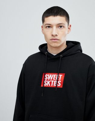 SWEET SKTBS Hoodie With Chest Logo Print In Black