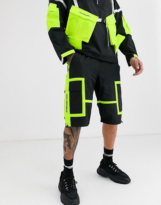 Taka Original – Utiity-Shorts aus Nylon mit neonfarbigen Details