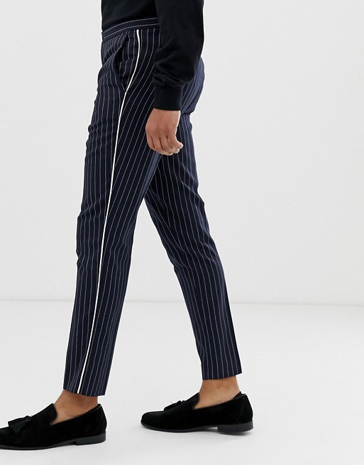 Изображение 1 из Темно-синие узкие брюки в тонкую полоску Burton Menswear