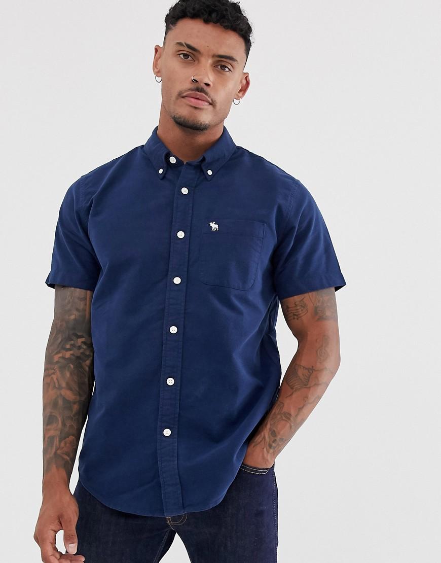 Темно-синяя оксфордская рубашка с короткими рукавами Abercrombie & Fitch-Темно-синий