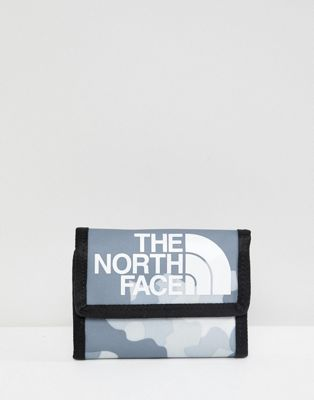 The North Face Base Camp Wallet in Macrofleck Print