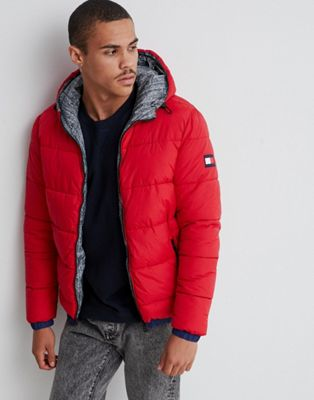 Tommy Hilfiger reversible hooded down puffer jacket in red/all over print
