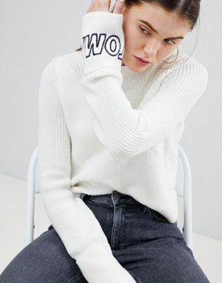 Tommy Jeans Diagonal Stitch Knit Jumper with Logo Sleeve