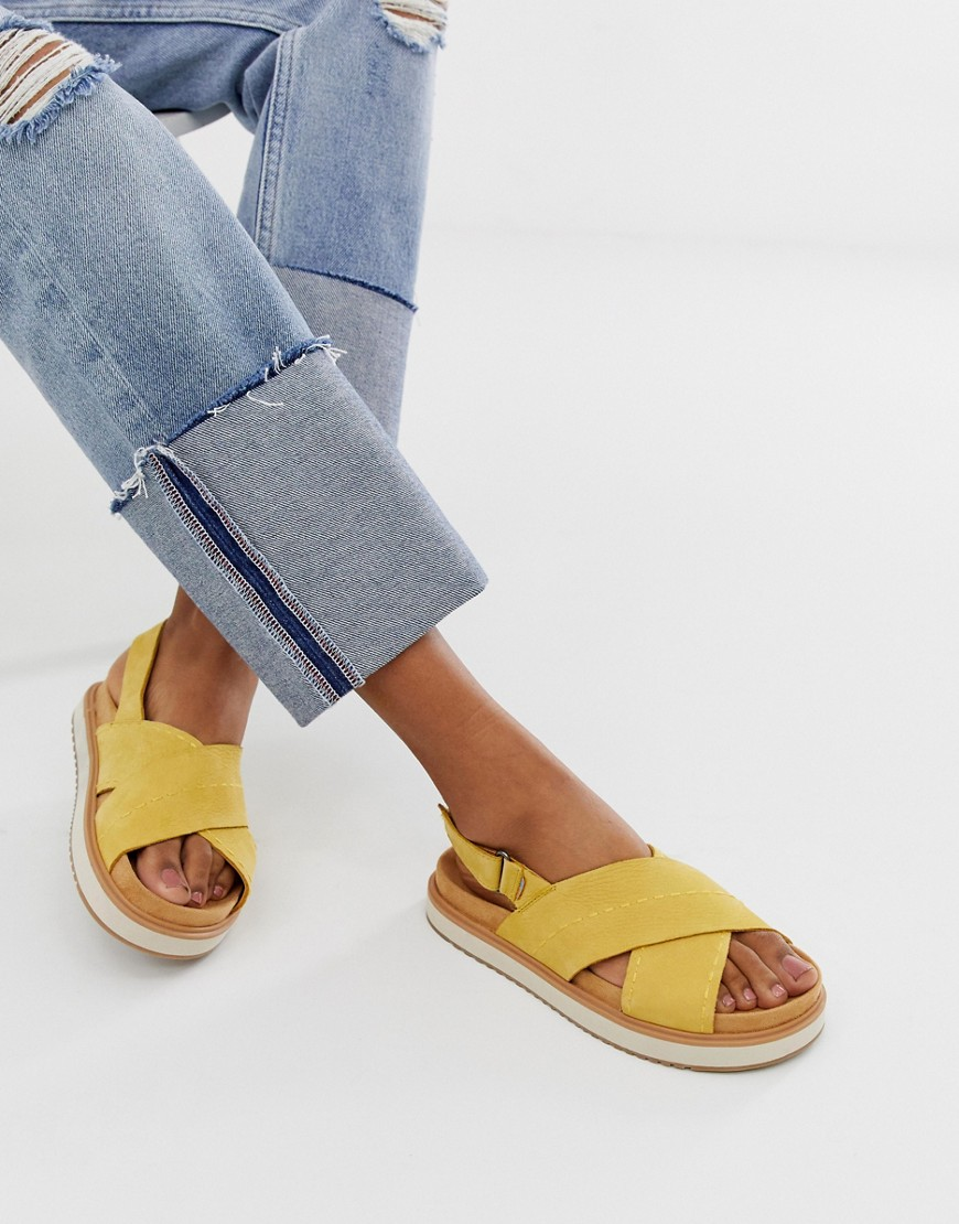 Sandals by Toms Sweet looks from the ground up Ankle-strap fastening Flatform sole Textured tread