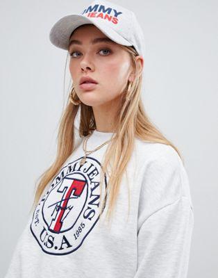Трикотажная кепка с флоковым логотипом Tommy Jeans