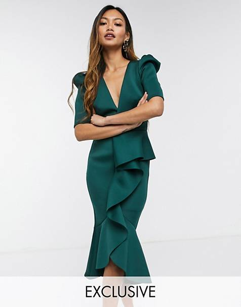 True Violet puff shoulder plunge ruffle front midi dress in forest green