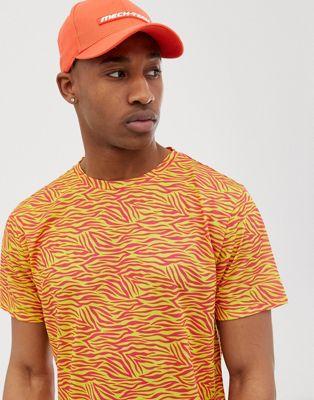 Bild 1 von Urban Threads – T-Shirt in Neon Tierdruck
