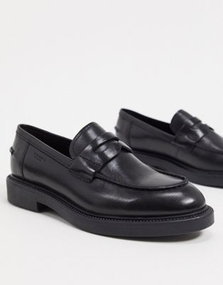 Vagabond – Alex – Flache Loafer in Schwarz